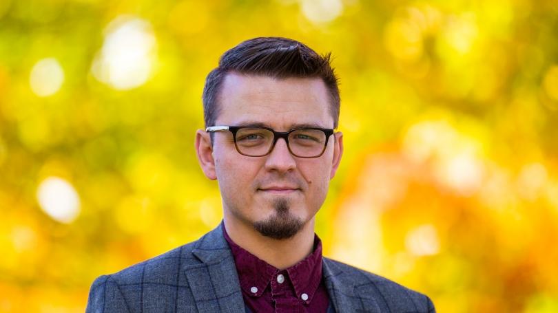 Wojciech Jarosz headshot